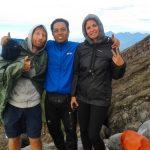 climbing mount agung trekking